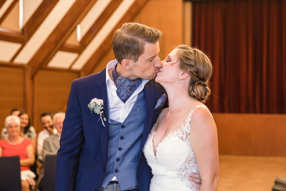 Fotograf-Hochzeitsfotograf-Lindau-Immenstaad-Meersburg-Haltnau-Bodensee-Hochzeit-022