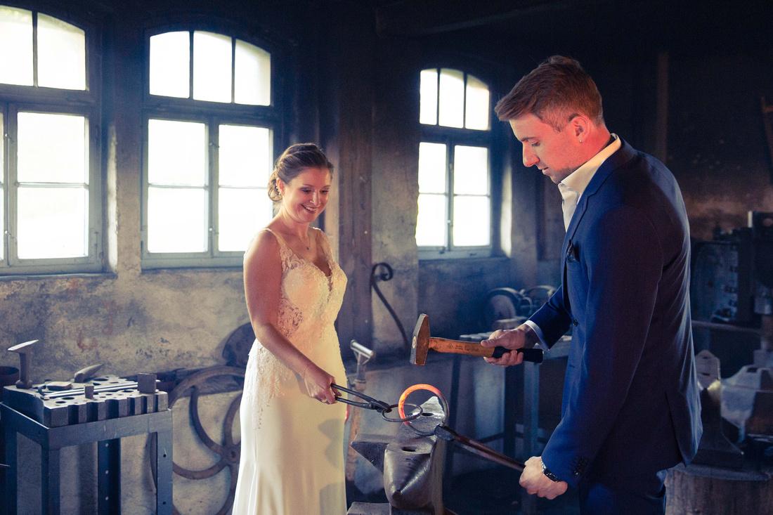 Hochzeit im Schloss Amtzell, Hammerschmiede Amtzell, Brautpaarfotoshooting.108